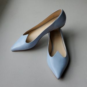 Like-new Zvelle Rayna flats in Cashmere Blue